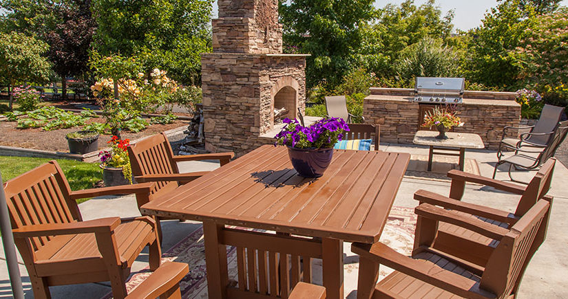 Outdoor Kitchen Design – Enjoy Bonding and Good Food Outdoors