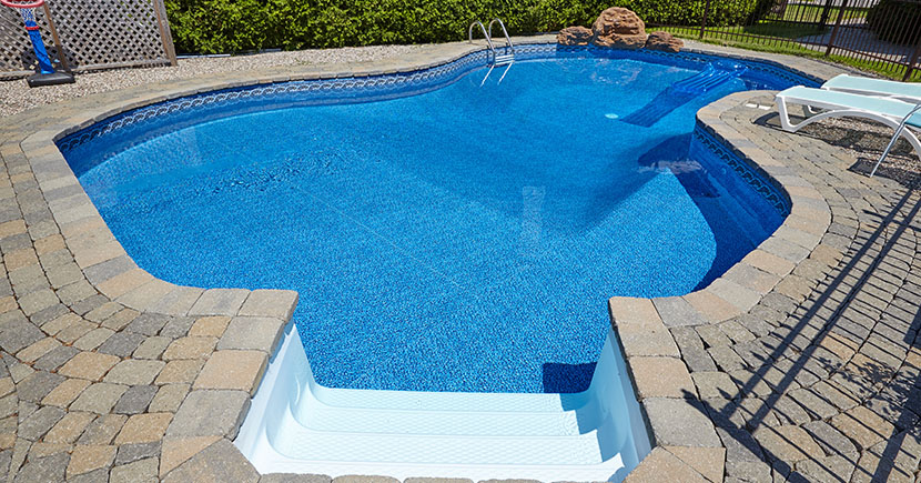 Everything one needs to know about pool construction in the backyard of a house